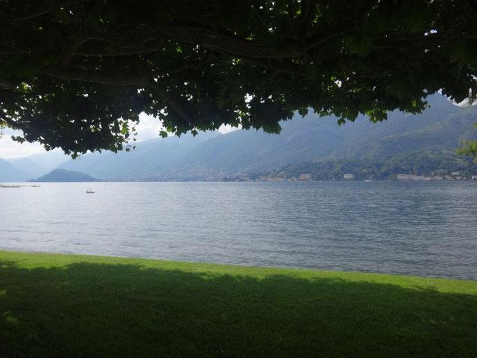 Blick auf den Comer See Villa Melzi