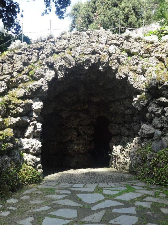 Künstliche Grotte Villa Melzi Park Belaggio