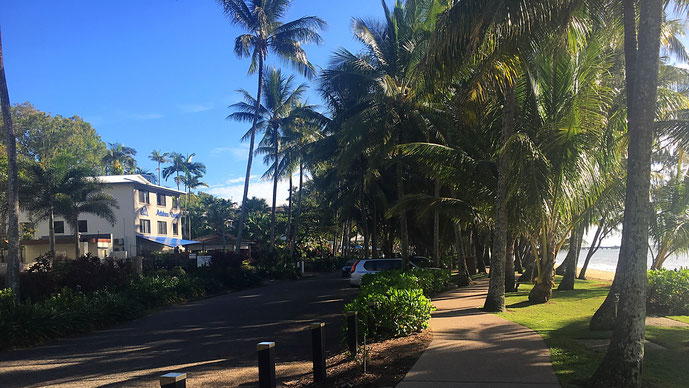 Promenade in Palm Cove