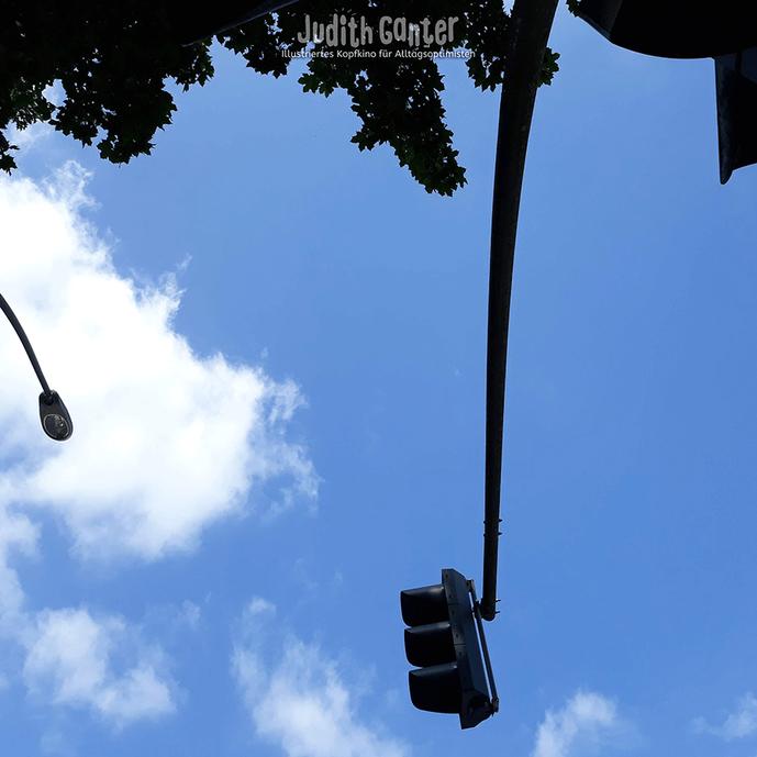 Judith Ganter Illustriertes Kopfkino für Alltagsoptimisten - Foto Judith Ganter - Unterwegs sein in Hamburg, Achtsamkeit Übungen, Erinnerungsstütze rote Ampel, Wahrnehmungstraining im Alltag, Entschleunigen, präsent sein, Alltag kreativ