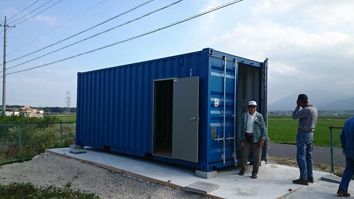 三重県 防災備蓄倉庫として20ftNEWVANコンテナ 納品