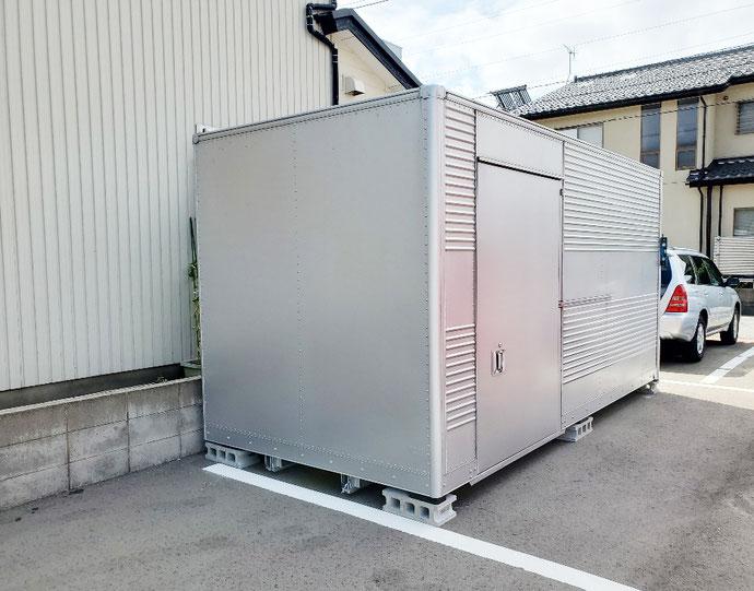 石川県金沢市 中古2tアルミコンテナサイドドア・シャッター付設置