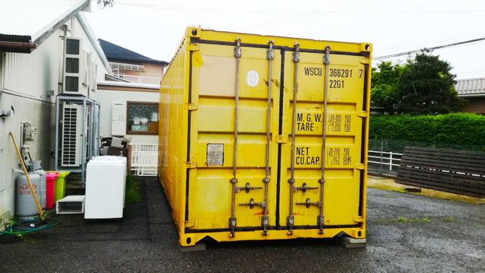 岐阜県瑞穂市 中古コンテナ12ftホワイト塗装・換気扇付き設置