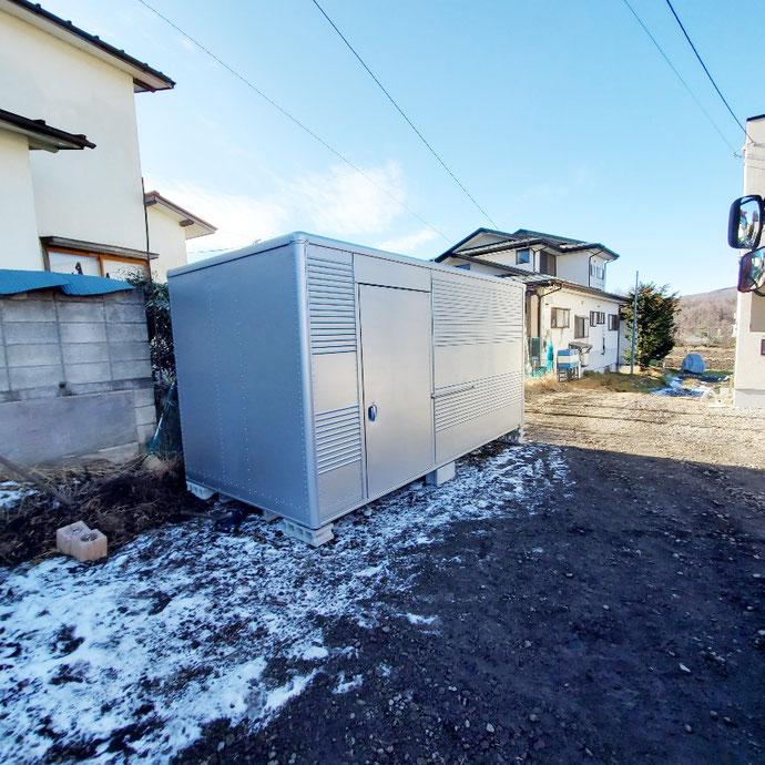 群馬県吾妻郡嬬恋村 中古2tアルミコンテナサイドドアシャッター付納品
