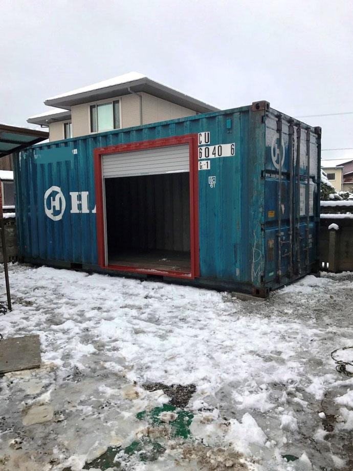 名張市 桜ヶ丘区 20ftニューバン グレー塗装 電気工事納品