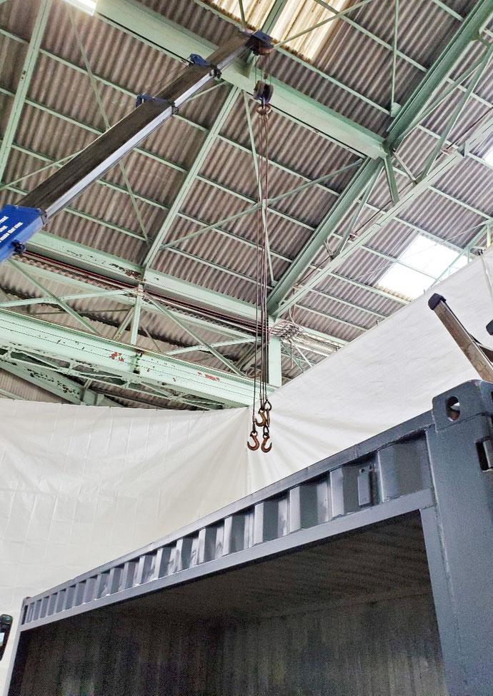 不破郡関ケ原町 中古コンテナ20ft開口改造設置