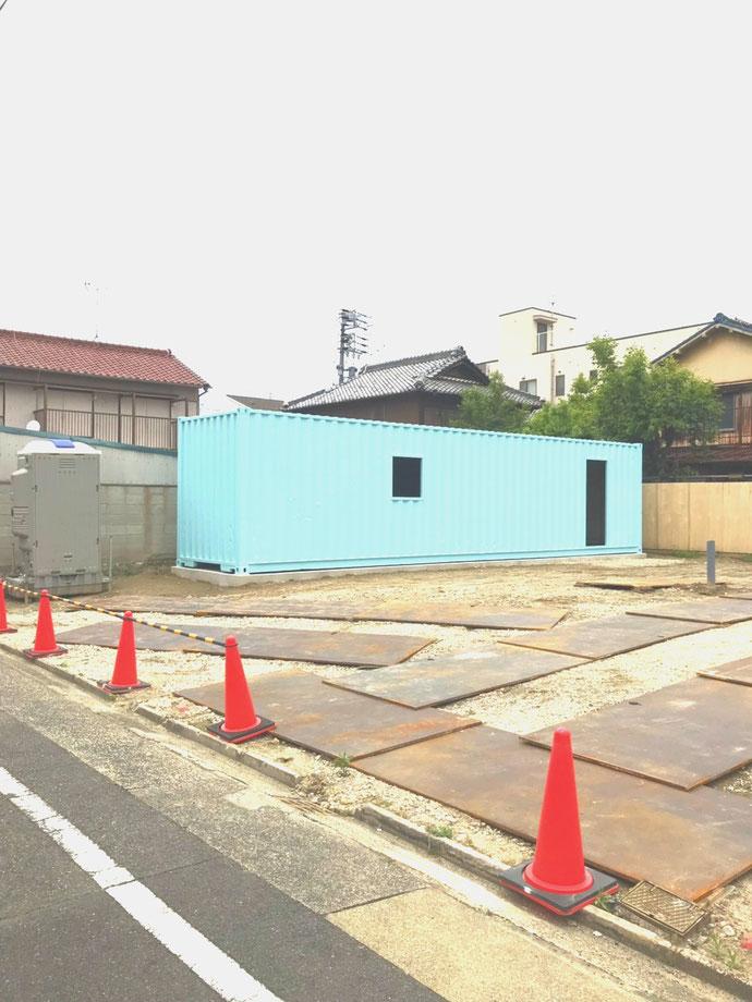 名古屋市中村区 中古コンテナ40ftハイキューブ・開口窓・ドア枠・塗装設置