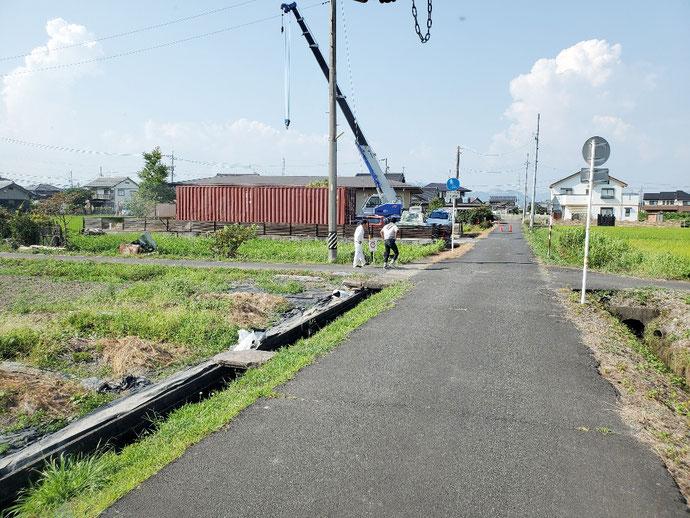 本巣市政田 中古コンテナ20ft現状品設置