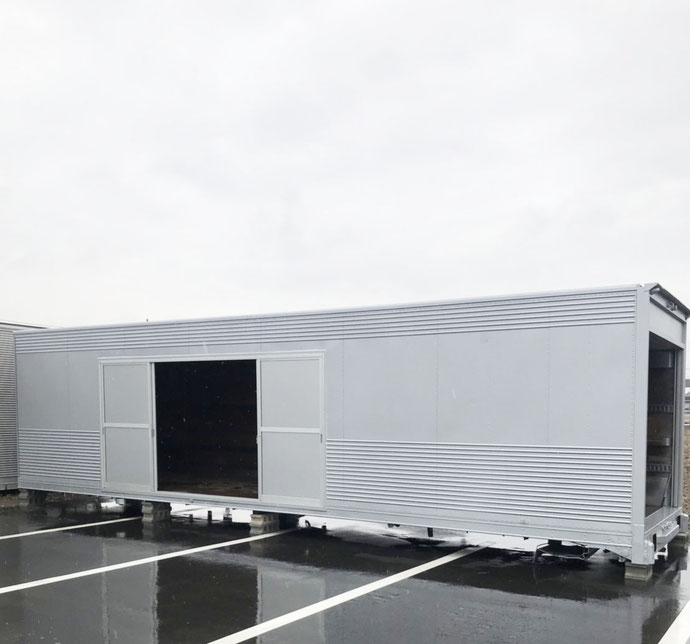 名古屋市港区 中古アルミコンテナ4枚引戸取付け設置