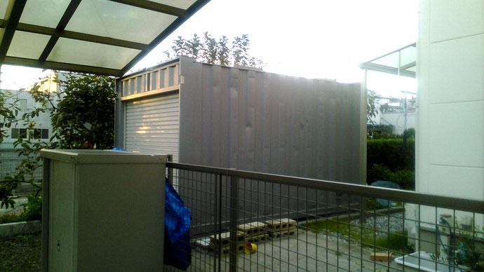 安八郡安八町 中古コンテナ12ftシャッター付グレー塗装設置