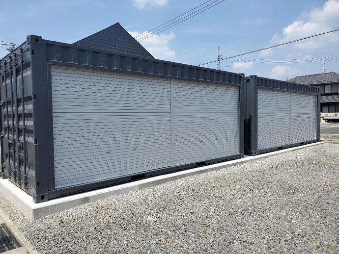 岡山県岡山市 中古コンテナ20ftフルシャッター付グレー2本設置