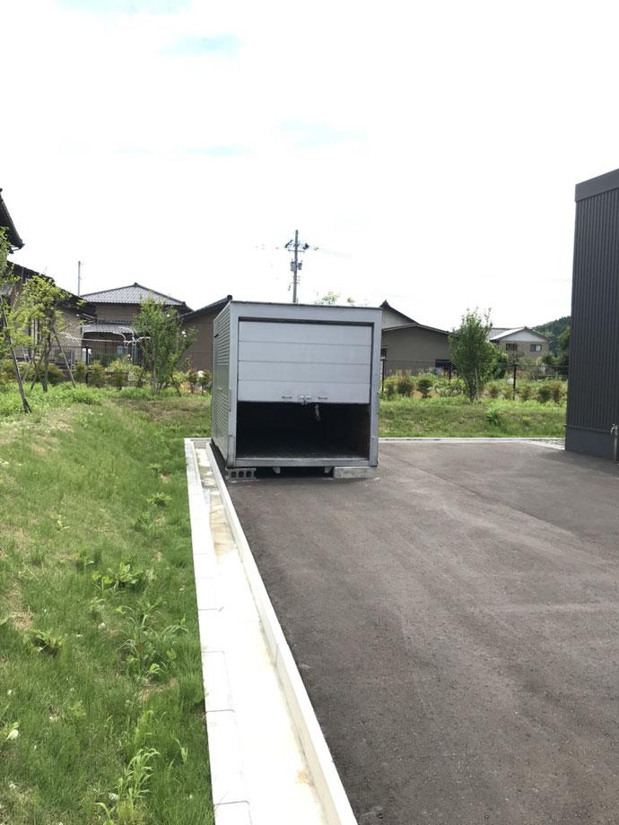 石川県金沢市 中古アルミコンテナ移設