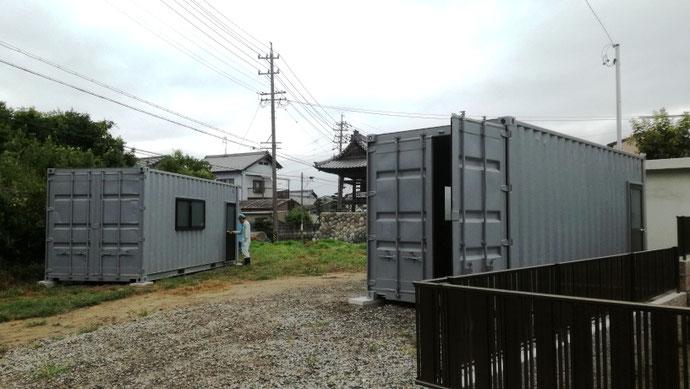 岐阜県羽島市 中古コンテナ20ftグレー塗装・窓付納品