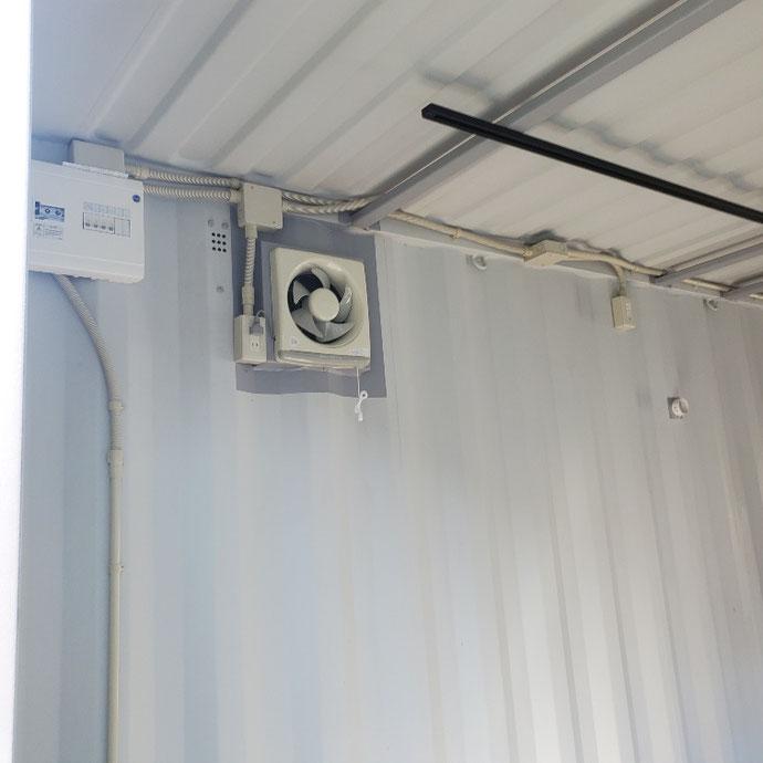 大阪府三島郡 NEW VANコンテナ20ftNEWVANグレー・ドア窓・電気設置