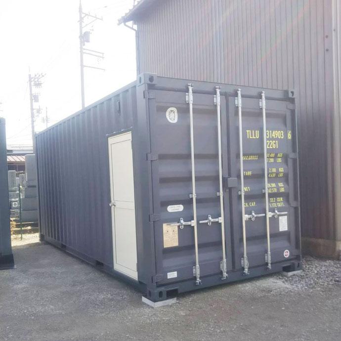 福井県 NEWVANコンテナ20ftグレードア付2本設置