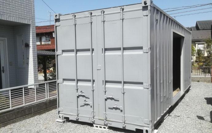 滋賀県近江八幡市 中古コンテナ20ft改グレー塗装設置
