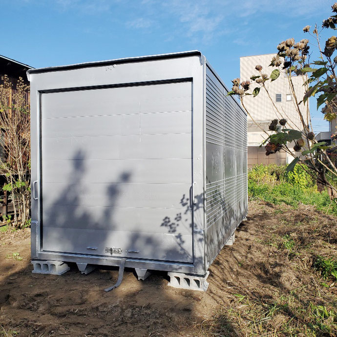 福井県福井市 中古2tアルミコンテナサイドドアシャッター付納品