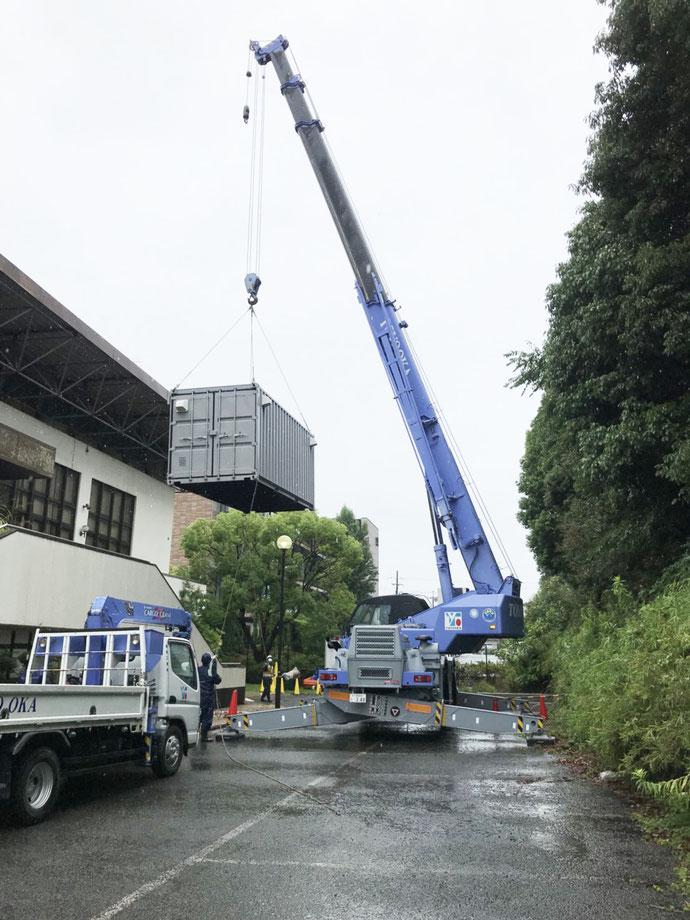大阪府門真市 NEWVANコンテナ20ft改造(防災倉庫)2本設置