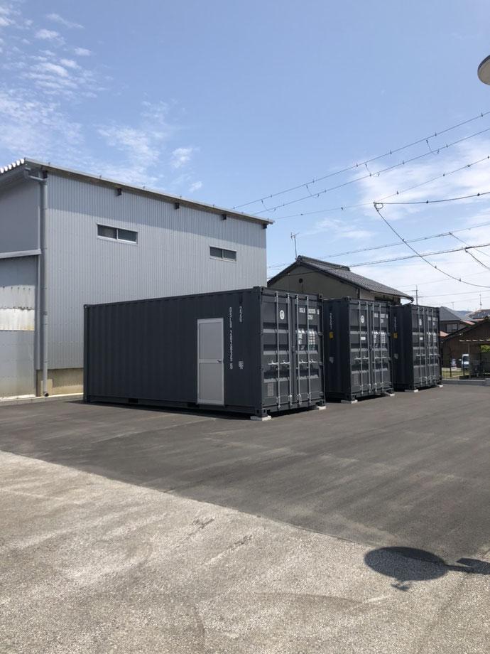 滋賀県長浜市 NEWVANコンテナ20ft勝手口ドア取付け設置