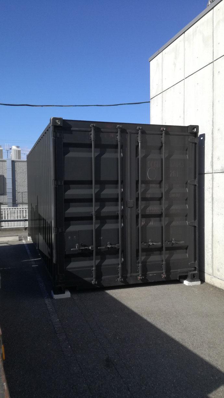 岐阜県岐阜市 中古コンテナ20ftブラック塗装レンタル