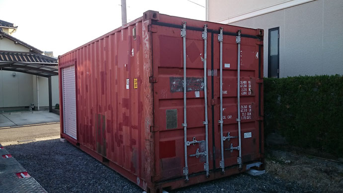 愛知県豊明市中古貨物コンテナ12ftシャッター付・中古コンテナ20ftシャッター付納品