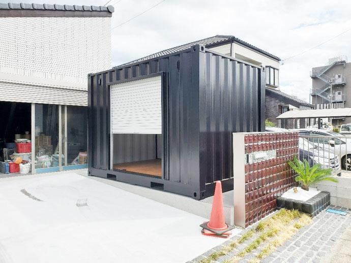 岐阜県各務原市 NEWVANコンテナ12ftシャッター付マットブラック塗装納品