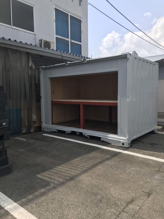 京都府久世郡 中古コンテナ12ftシャッター3000内装+棚作成設置