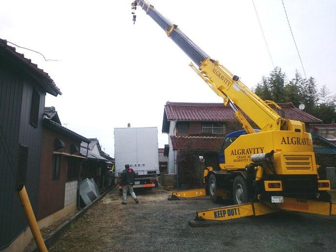 愛知県春日井市 中古大型アルミコンテナ
