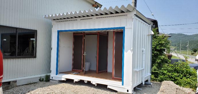 愛知県豊川市 中古コンテナ20ftサイドオープン設置