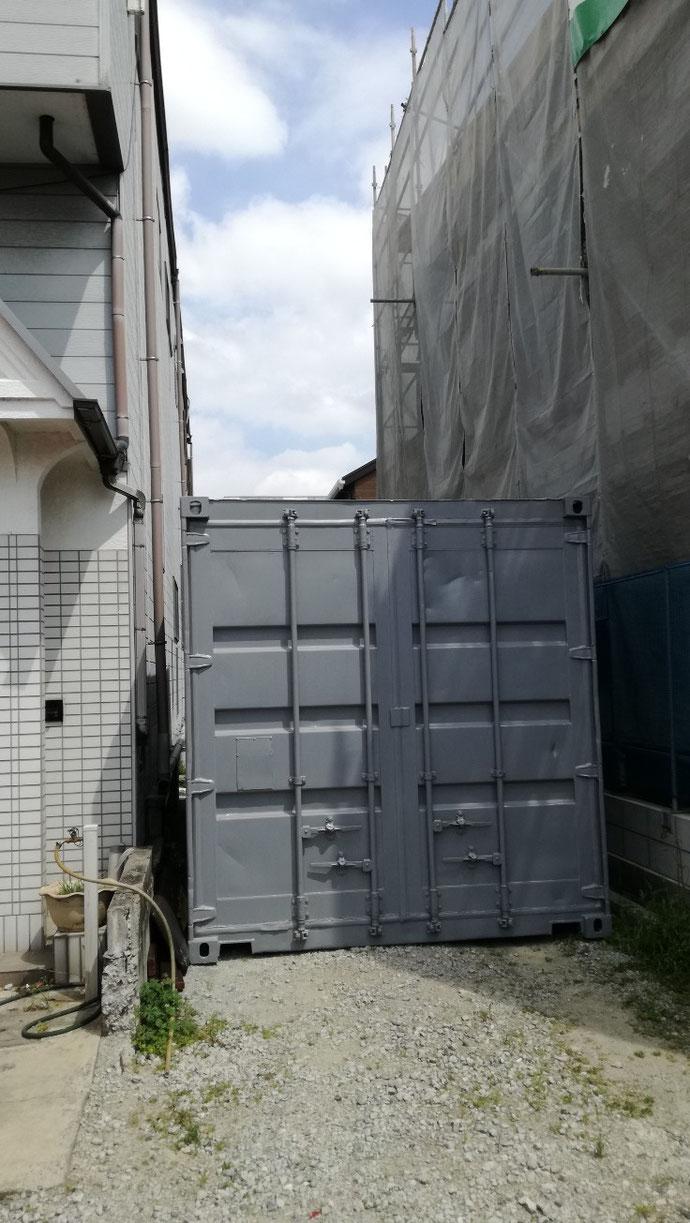 愛知県あま市  中古コンテナ20ftグレー塗装納品