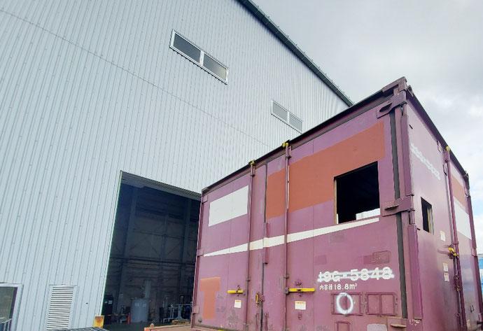 山口県山口市 中古コンテナ12ft開口複数・ドア付設置
