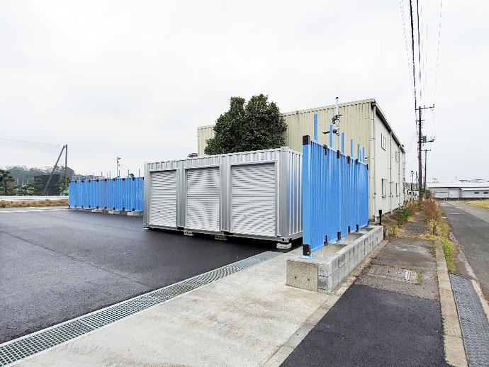 千葉県袖ケ浦市 NEWVANコンテナ20ft 3シャッター改造シルバー塗装設置