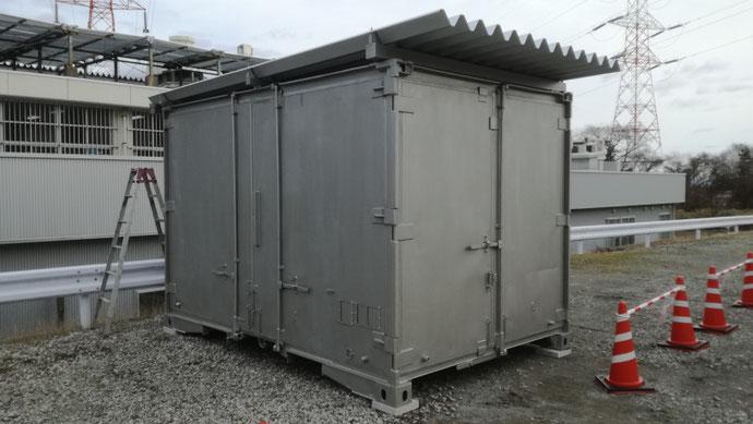 不破郡垂井町 中古貨物コンテナ12ft屋根敷設・遮熱塗装設置
