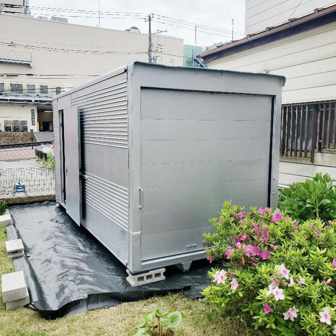 千葉県松戸市 中古2tアルミコンテナサイドドアシャッター付き設置