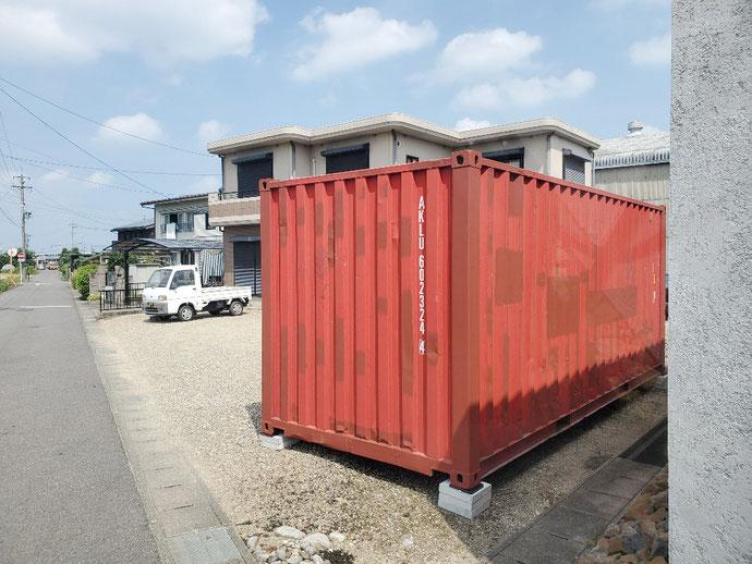 愛知県 小牧市 中古 コンテナ 20ft 現状品 ブロック 設置