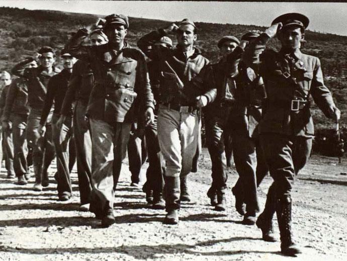 23. december 1938: Afskedsceremoni for Internationale Brigadister i  byen Taragona i det sydlige Catalonien