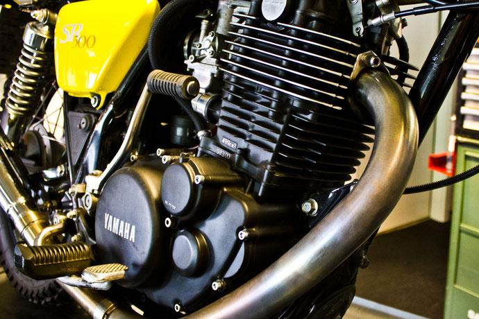 Yamaha SR 500 Motor Einzylinder im Bike Bunker Motorinstandsetung Heiligenhaus