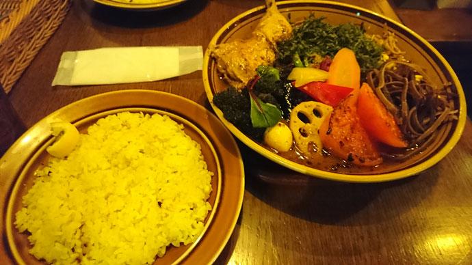 おまけ:お昼は札幌名物のスープカレーで元気を補充…
