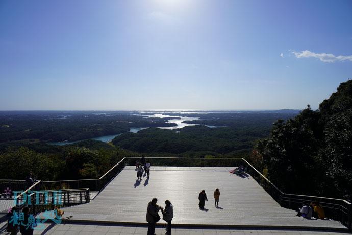 横山展望台からの英虞湾一望は逆光