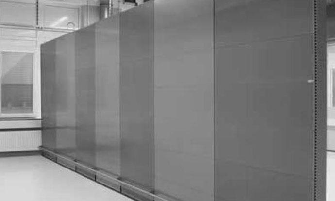 Industrieakustik, modulare stationäre Akustikstellwand aus Metall