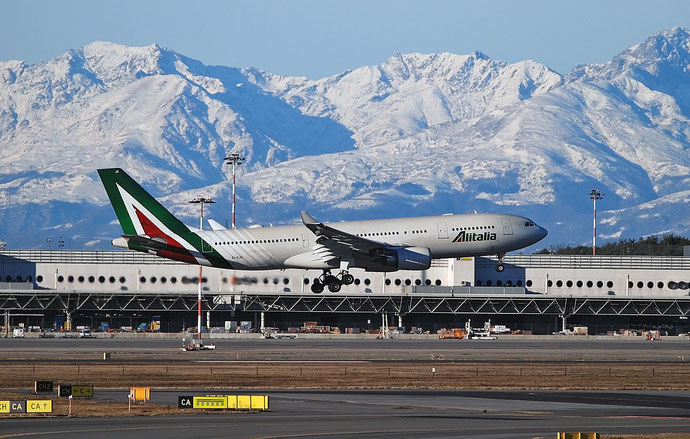 EI-EJO A330-202 1327 Alitalia @ Milano Malpensa Airport 29.12.2017 © Piti Spotter Club Verona