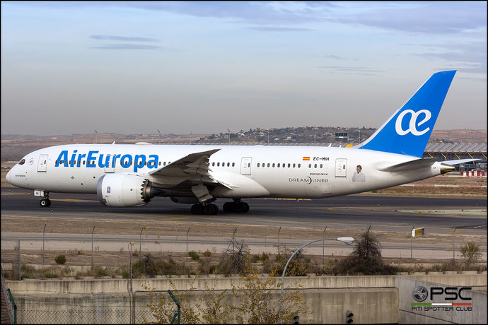 EC-MIH B787-8 36413/437 Air Europa @ Madrid Airport 23.11.2017 © Piti Spotter Club Verona