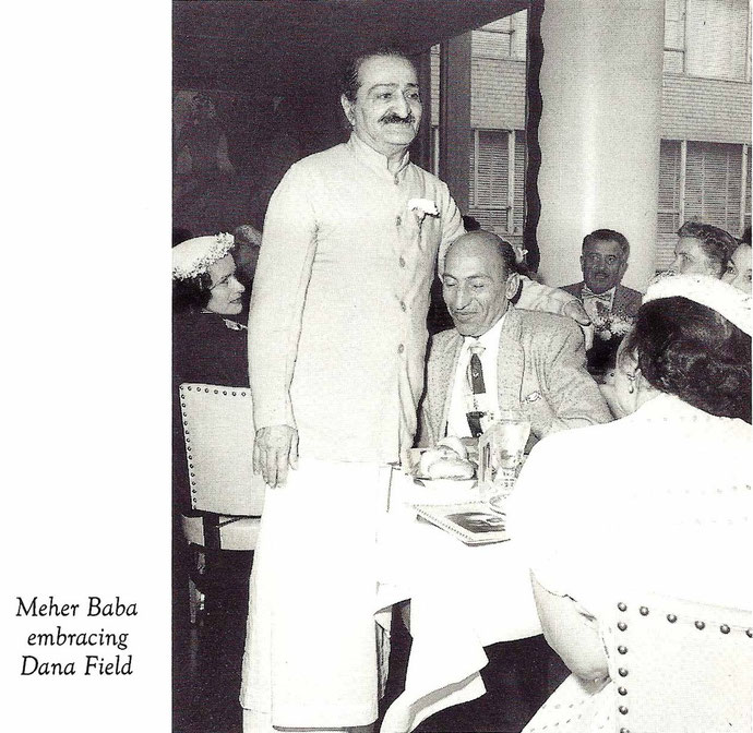LM ; Vol.13-14, p 4969 - Baba and Dana at Longchamps Restaurant, New York - 1956