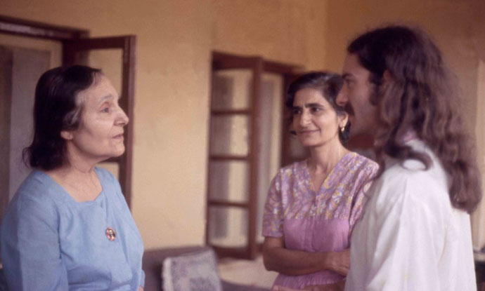 Meherazad, January 1975 - Tony talking to Mehera  and Meheru ( right ) shortly after the plays performance : Photo taken by Sher DiMaggio Zois