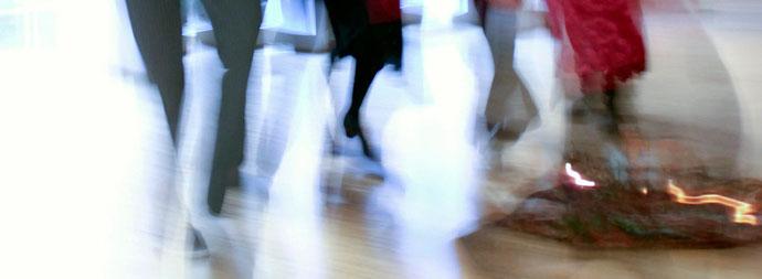 Tanzende Frauen (Foto: Mechthild Stein)