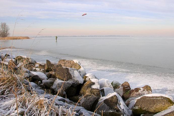 Schaatsen op het Marker Meer