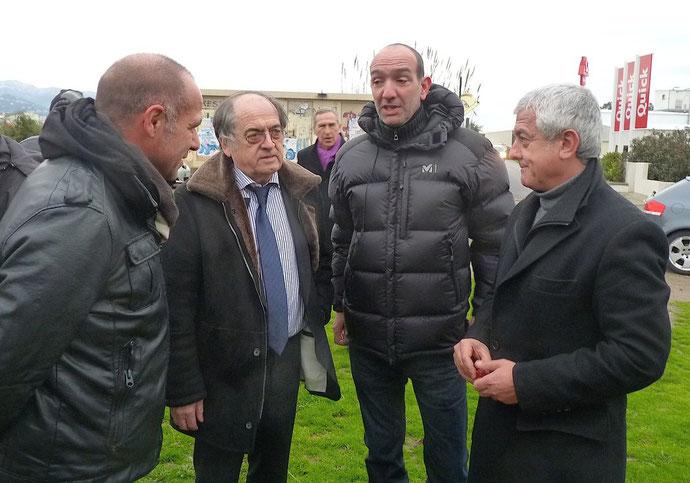 Didier Grassi du comité de pilotage avec le président de la FFF, Pierre-Marie Geronimi et Yves Pianelli