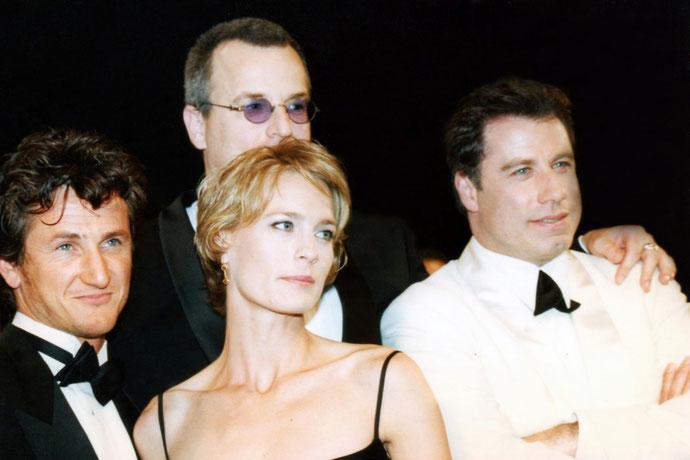 Sean Penn, Robin Wright - John Travolta - Nick Cassavetes - Festival de Cannes 1997 © Anik COUBLE