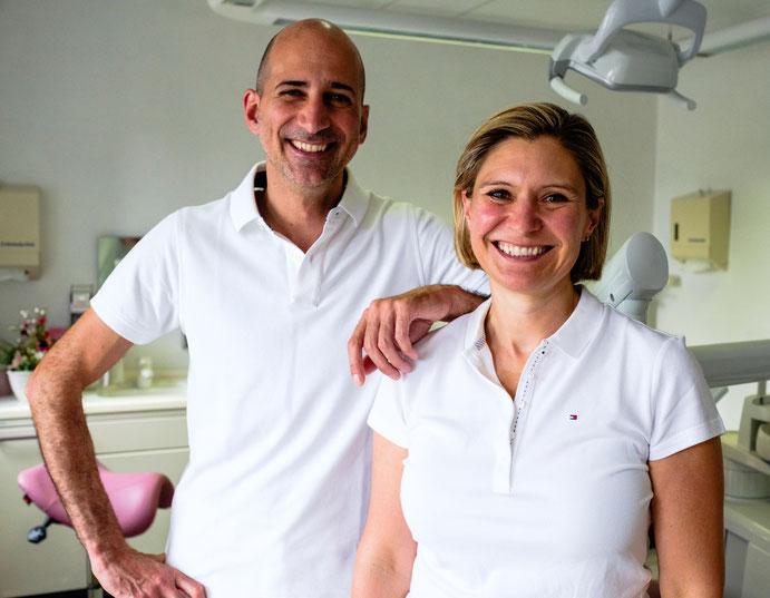 Zahnärztin Dr. med. dent. Olivia Schnieber und Zahnarzt Thomas Jerig