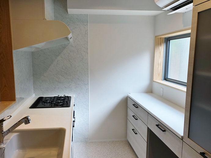 キッチンリフォーム工事完成。TOCLASのBb使用。